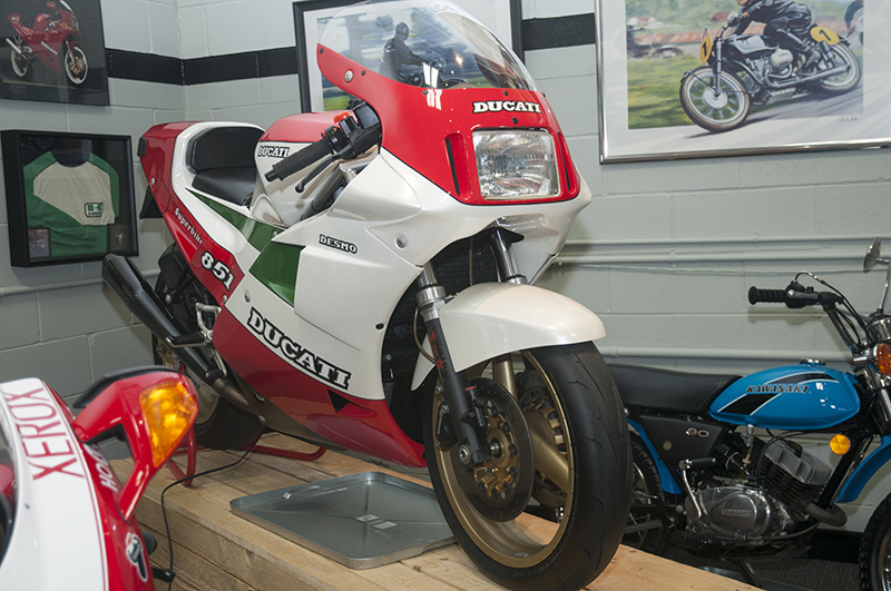 1988 Ducati 851 Tri Colore Kit Bike