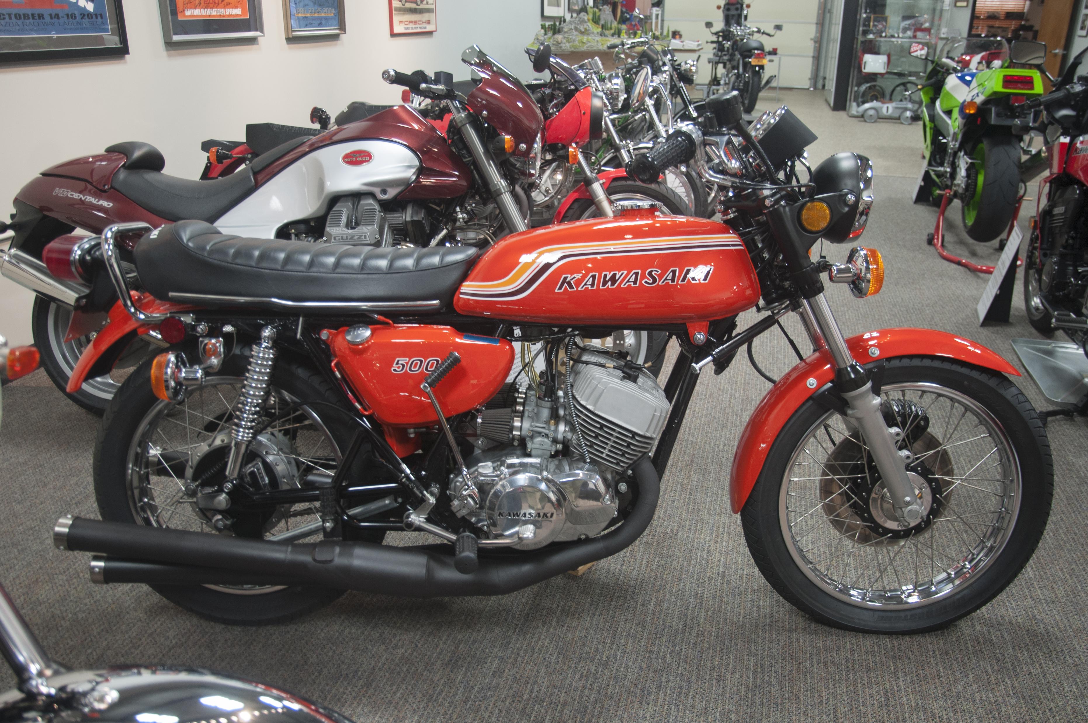 Kawasaki H1-500 1972 (3)